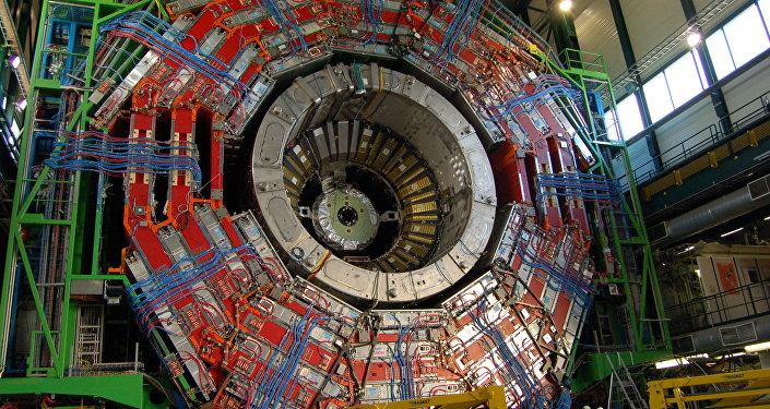 Le Grand collisionneur de hadrons (LHC)