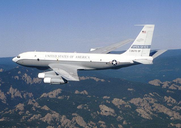 Ciel ouvert : vol d'inspection américano-canadien en Russie