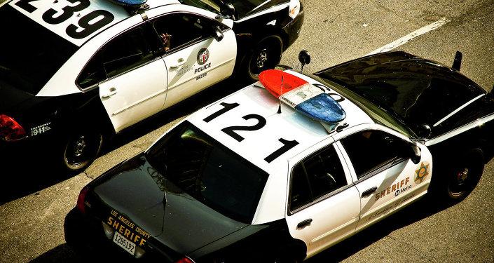 Des véhicules de police américaine