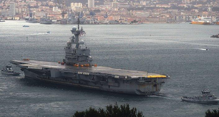 Le porte-avions Charles-de-Gaulle