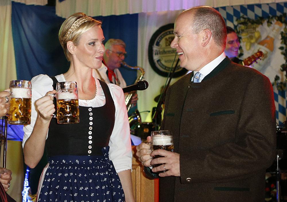 Les hommes politiques préfèrent la blonde
