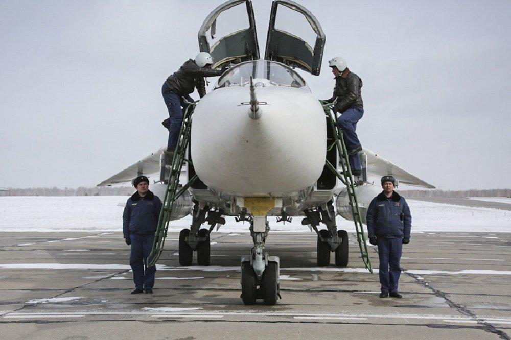 Les bombardiers russes Su-24 de retour en Russie