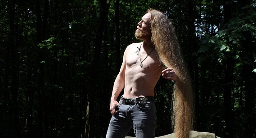 Les cyber-guerriers de l'armée britannique autorisés à avoir les cheveux longs