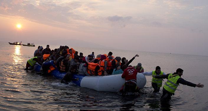 Le nombre de migrants débarquant sur les îles grecques diminue