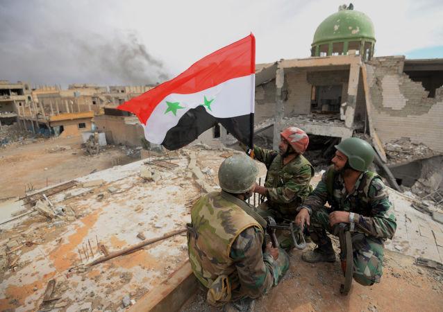 Des soldats de l'armée syrienne. Image d'illustration