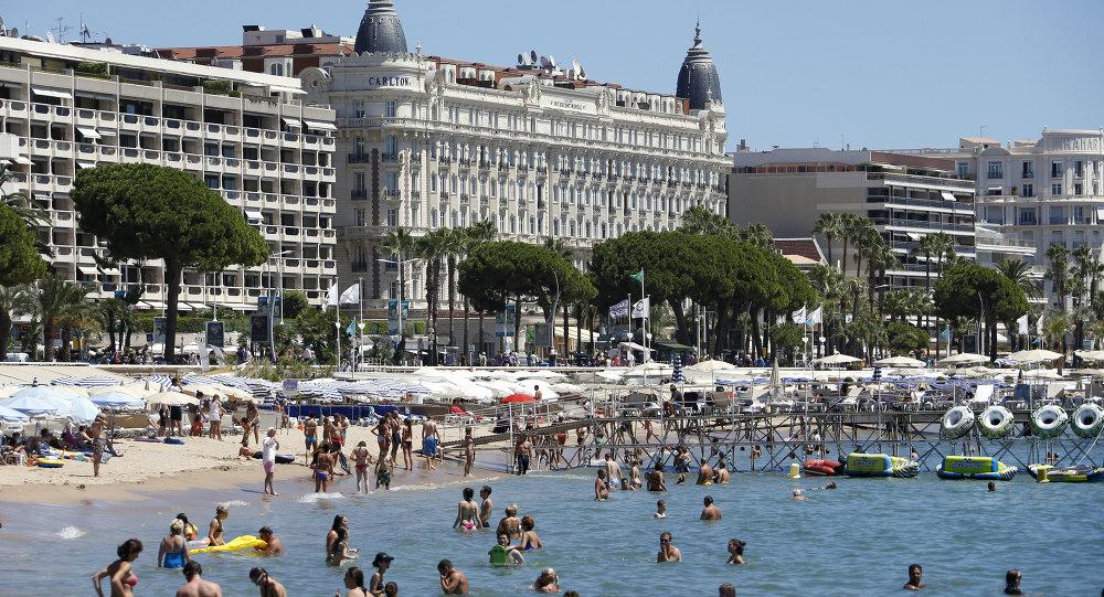 Une plage de Cannes
