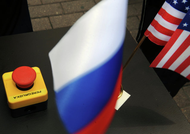 The symbolic reset button presented to Russian Foreign Minister Sergei Lavrov by US Secretary of State Hillary Clinton. Mistaken translation or ingenious prediction?