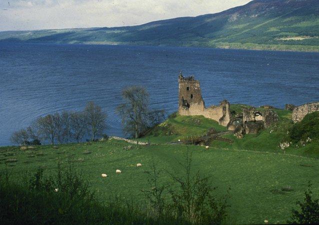 Le lac Loch Ness en Ecosse