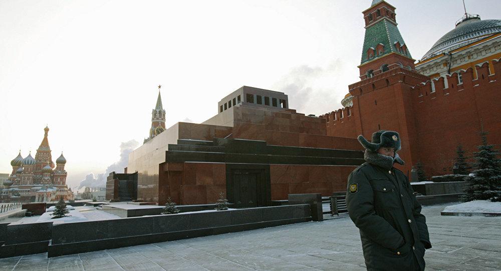Ex-agent de la CIA propose de voler Lénine pour contrarier Poutine