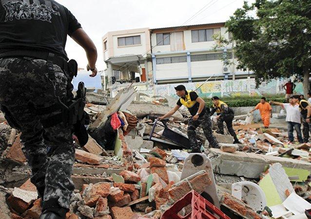Les conséquences du séisme du 16 avril en Equateur