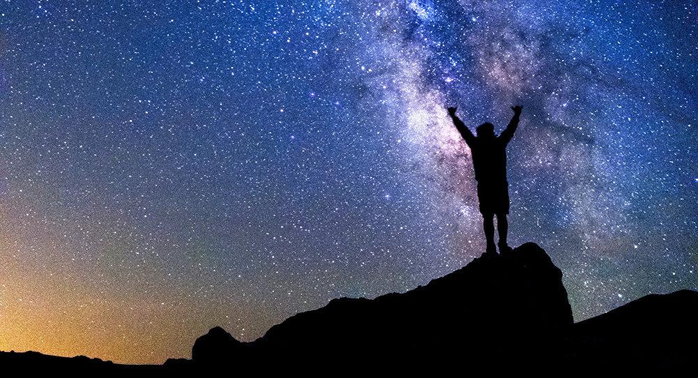 Pourquoi ce chercheur propose-t-il de semer la vie sur d'autres planètes?