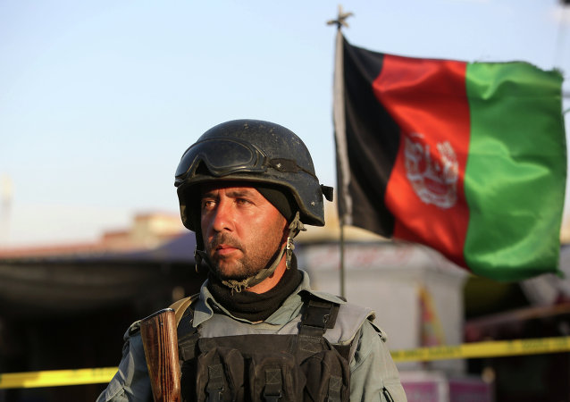 Un combattant des forces de sécurité afghanes