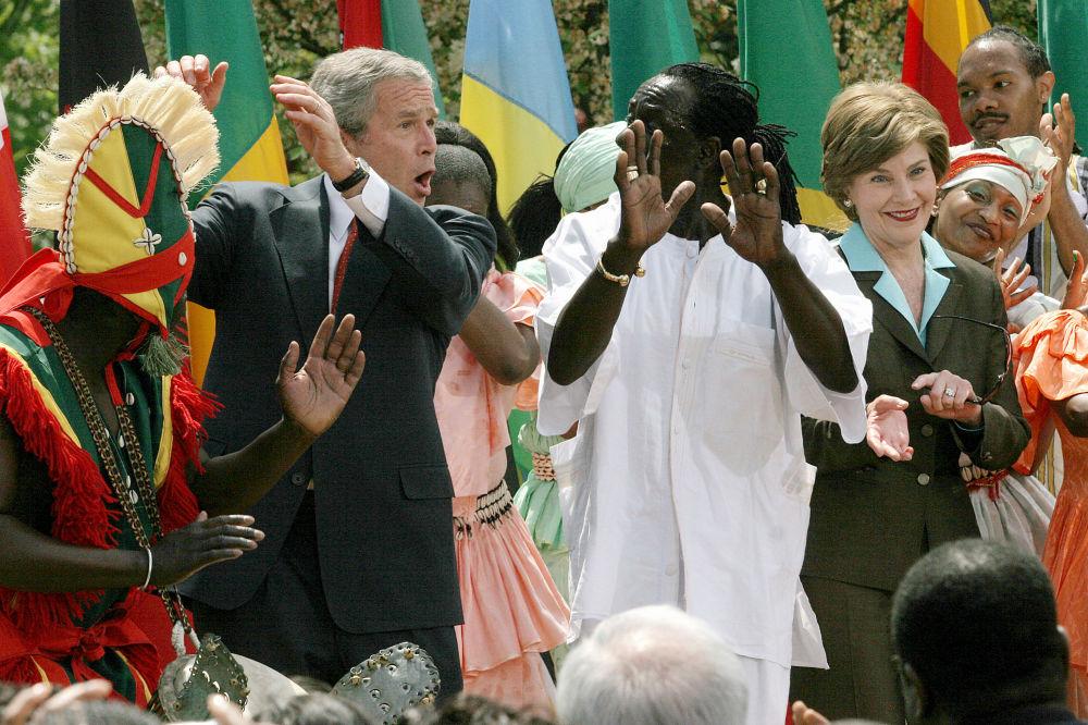 Quand les hommes politiques dansent