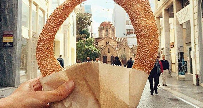 Koulouri (anneau de pain au sésame) à Athènes, Grèce