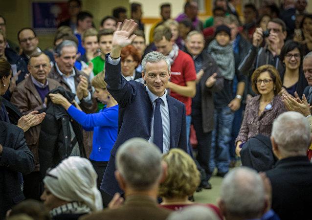 Bruno Le Maire en campagne pour la présidence de l'UMP à Strasbourg en novembre 2014