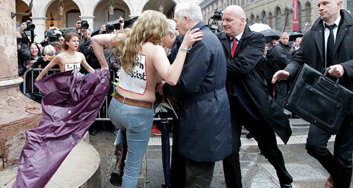 Les activistes Femen le 1er mai 2015