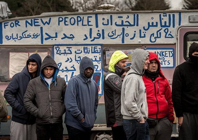 Comment identifier des terroristes parmi les réfugiés? L'UE le sait!