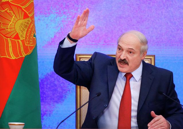 Loukachenko accuse les USA et l'Allemagne de financer des provocations en Biélorussie