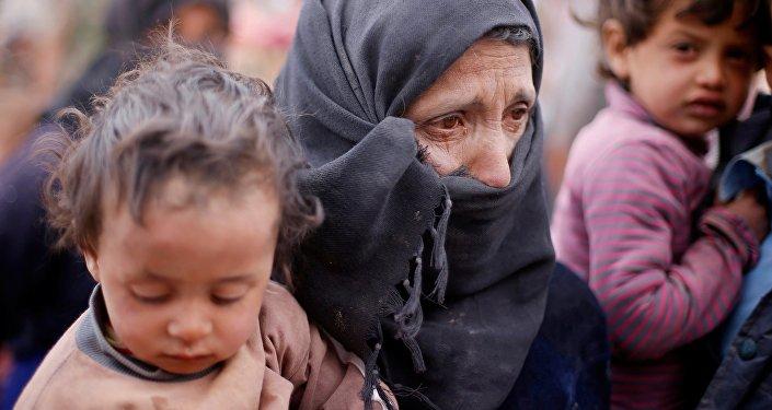 Les terroristes bloquent les civils dans l'est d'Alep, privés d'aide humanitaire