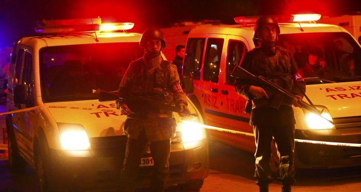 Deux kamikazes se tuent avant de commettre un attentat