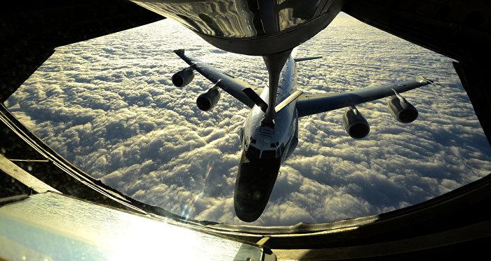 Un RC-135W
