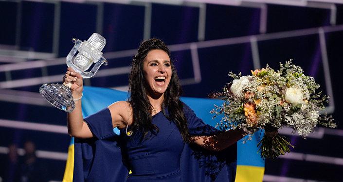 Chanteuse Jamala, une Tatare de Crimée de 32 ans, a apporté à l'Ukraine sa deuxième victoire à l'Eurovision 2016