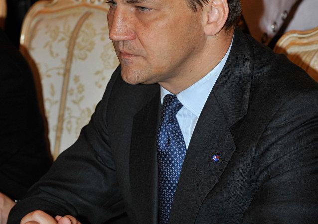 l'ancien ministre polonais de la Défense Radosław Sikorski