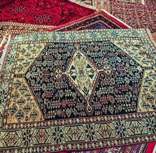 Un magasin de tapis à Téhéran