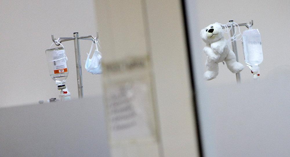 Cliniquement mort, un enfant se réveille juste avant d'être débranché — Insolite
