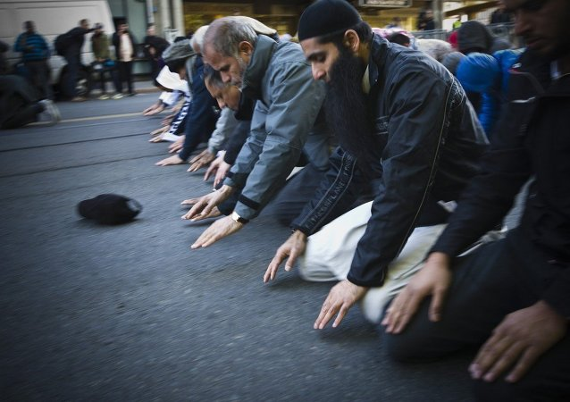 Des musulmans priant