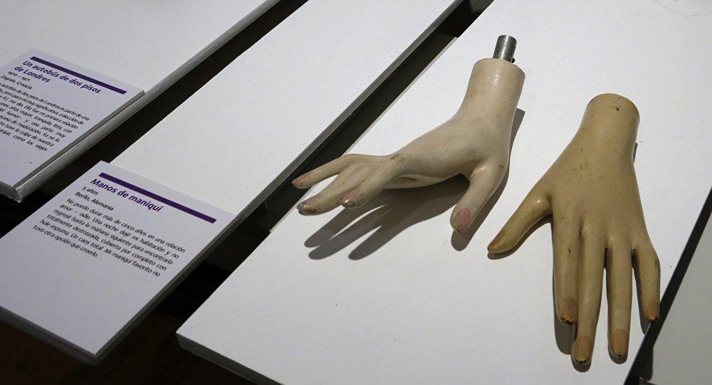 Le musée des relations rompues ouvre à Los Angeles