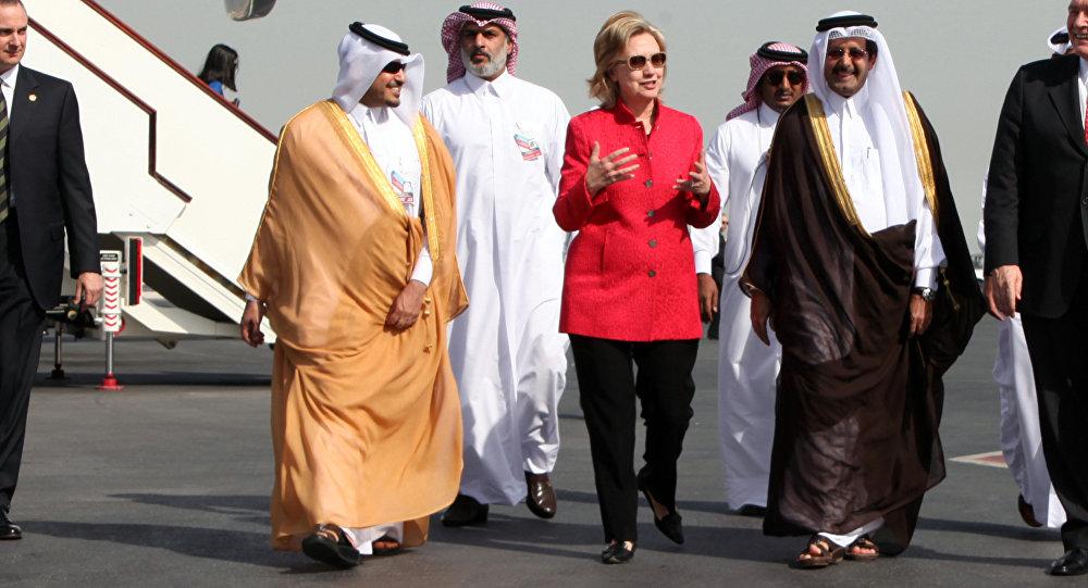 Hillary Clinton et des responsables saoudiens