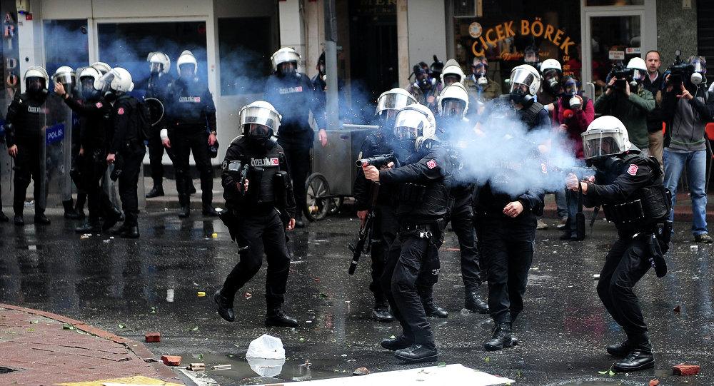 La police turque sur la place Taksim à Istanbul (archives)