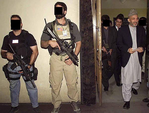 DEVGRU et l'ex-président afghan Hamid Karzai