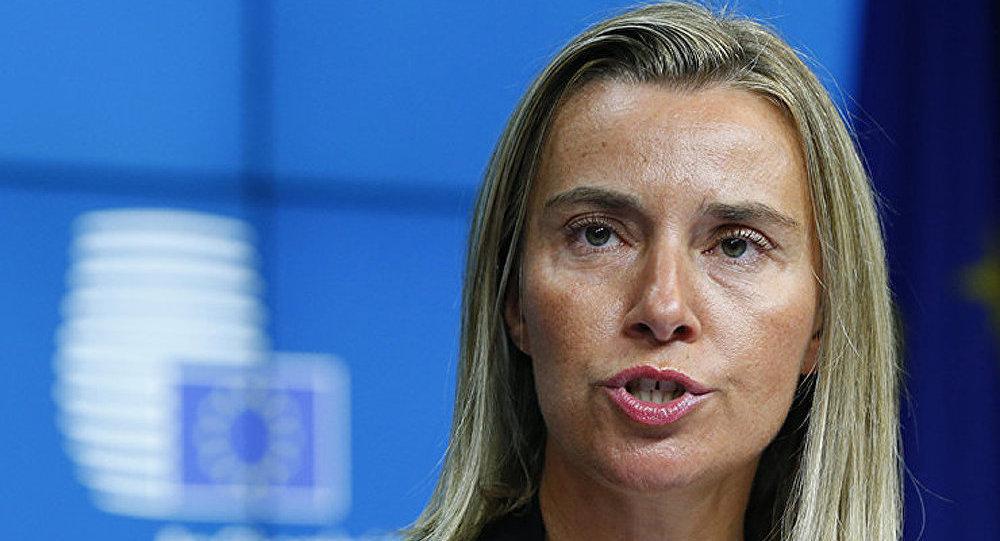 Mogherini : l'UE devrait revoir ses relations avec la Russie