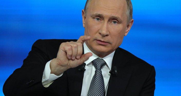 Lever les visas Schengen aux Russes pour frapper Poutine?