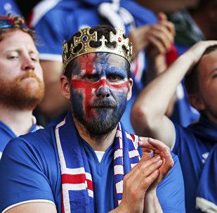 France-Islande: suite à la défaite, le président Islandais se met au russe