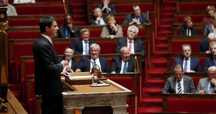 Manuel Valls à la tribune de l'Assemblée nationale