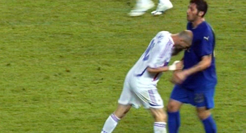 Le fameux Coup de tête de Zidane contre le joueur italien Marco Materazzi