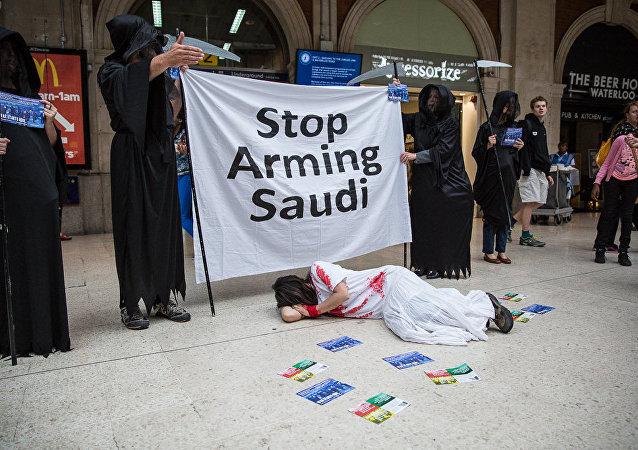 Proteste contre la vente des armes aux saoudiens