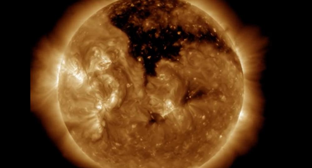Un trou coronal sur le Soleil