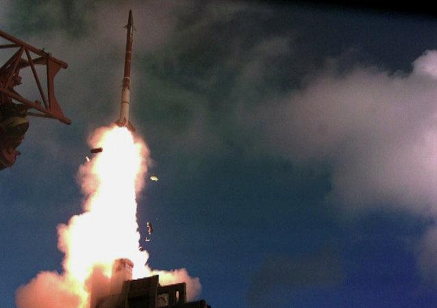 Un tir d'essai du missile la Fronde de David