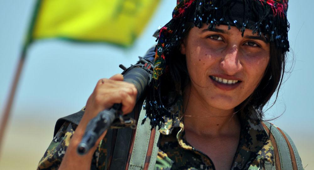 Femme kurde