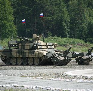 Le nouveau robot démineur russe réussit les essais