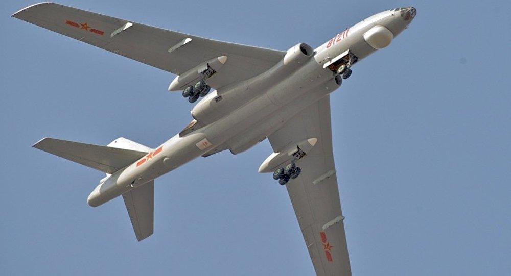 Le bombardier stratégique chinois Xian H-6M