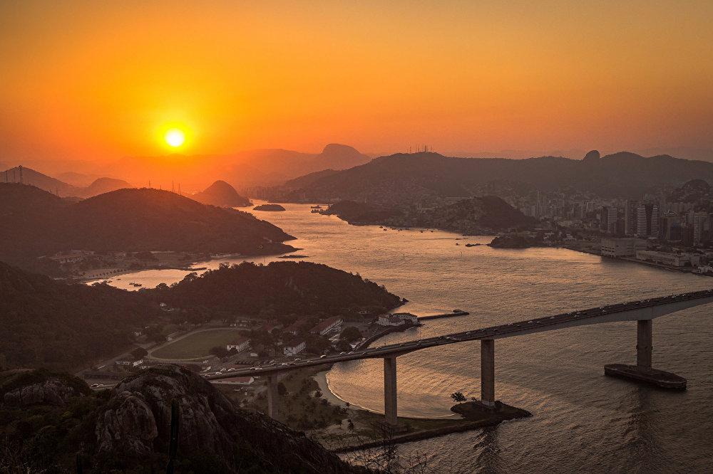 Des couchers et des levers du soleil qui vous feront r ver sputnik france - Lever et coucher du soleil bordeaux ...