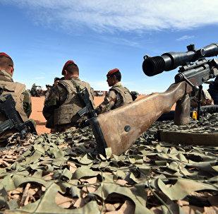 Des militaires français près de la frontière libyenne