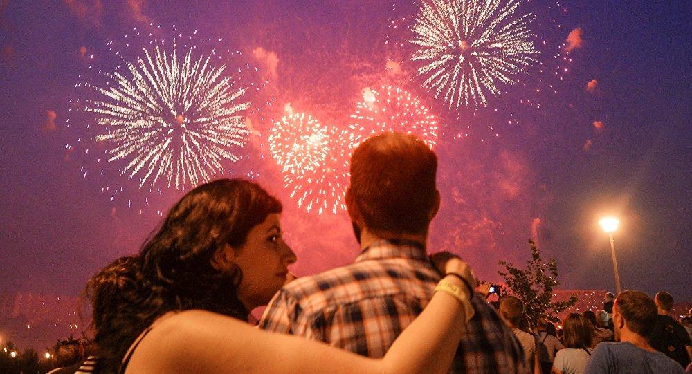 Le deuxième festival international des feux d'artifice Rostec à Moscou