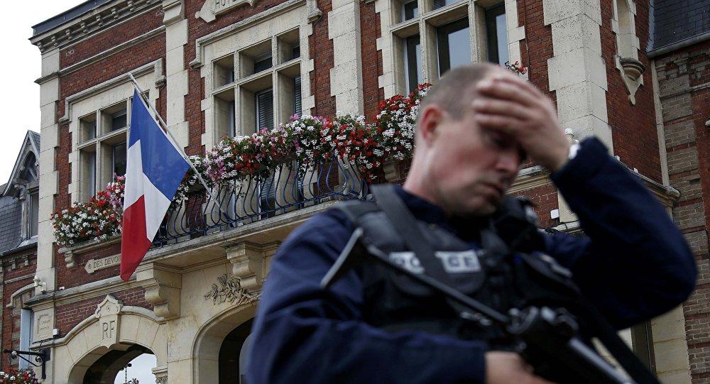 Policier à Saint-Etienne-du-Rouvray