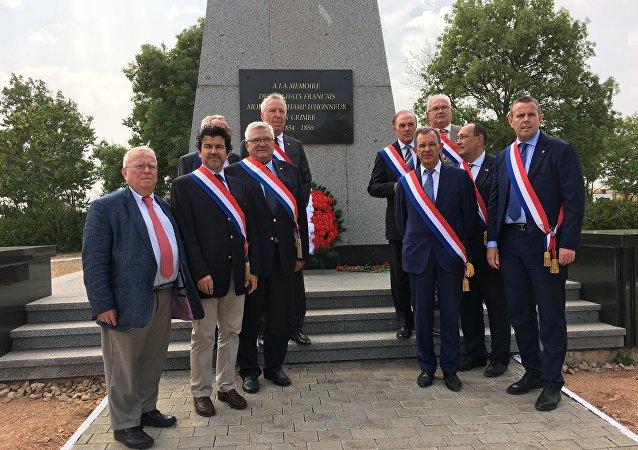 Des députés français rendent hommage aux victimes de la guerre de Crimée